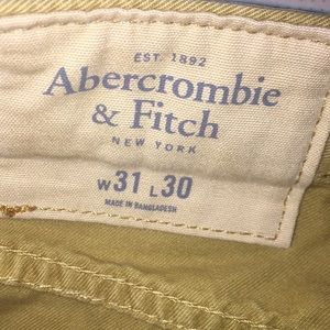 Men's Abercrombie khaki pants